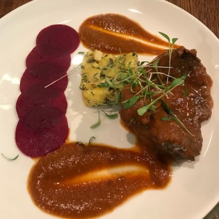 Beef cheek with smashed potatoes and beet carpaccio